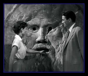 Audrey-Hepburn-Gregory-Peck-in-movie-Vacanze-romane-1953-TuttArt@-3