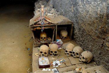Sekrety Neapolu: Cmentarz delle Fontanelle