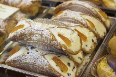 5 słodkości, których warto spróbować we Włoszech
